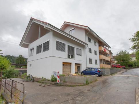 Haus zu Vermieten in Lengnau Chasseralweg 8
