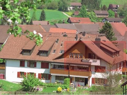 Heimelige 4,5 Zimmer-Dachwohn. in Bözen nah Frick zw. Zürich und Basel