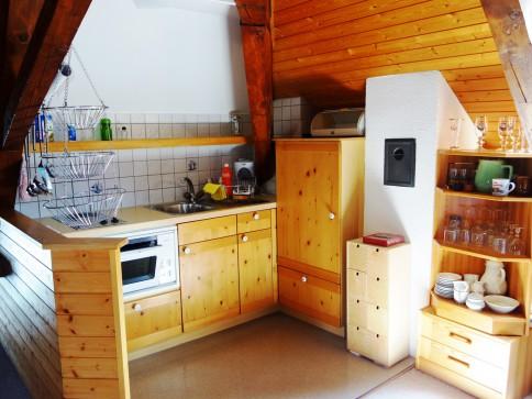 Heimelige Dachwohnung an zentraler Lage