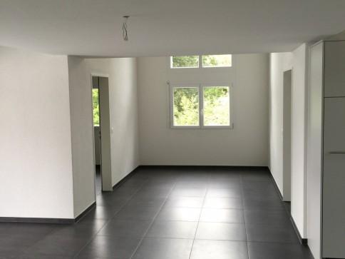 Helle, moderne Dachwohnung mit Galerie