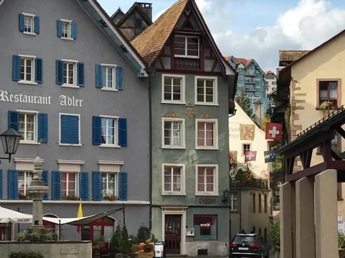 Hübsche 4.5 Zi Wohnung in schönem Altstadthaus per sofort/1.11./1.12.