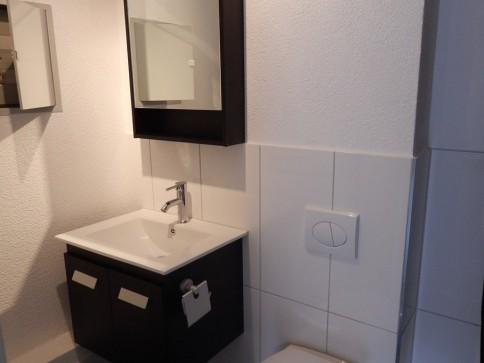 Komplett renovierte 1.0-Zimmerwohnung an zentraler Lage
