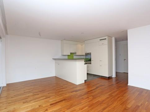 Moderne, neuwertige 5,5-Zimmerwohnung