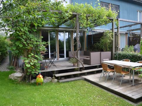 Modernes 5,5 Zimmer Eckhaus an top Lage