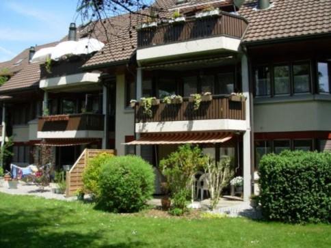Sanierte 6-Zimmer-Dachwohnung mit Cheminée und Galerie