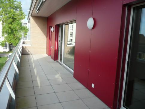 Schöne 2,5 Zimmer-Wohnung mit sonniger Terrasse