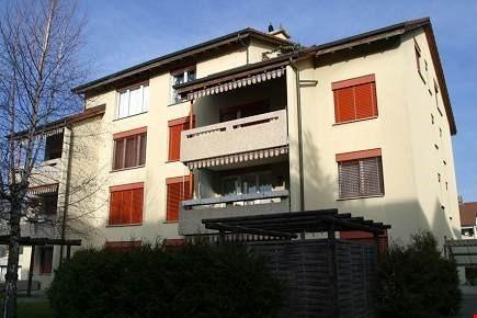 schöne 3,5 Zimmerwohnung in Reinach / AG