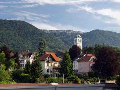 Schöne 4 Zimmerwohnung in Zentrumsnähe Jura & Alpensicht