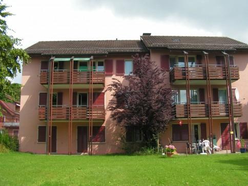schöne, sonnige 3.5 Zi-Wohnung nähe Dorfzentrum