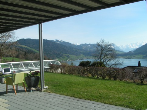 Traumhafte Aussicht auf den Aegerisee & die Innerschweizer Berge