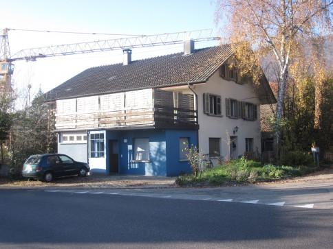 zu vermieten ein gepflegtes altbau Einfamilienhaus mit Kachelofen