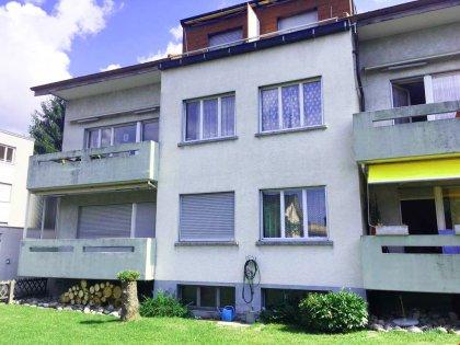 6-Familienhaus - freie Wohnung oben rechts