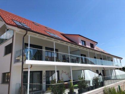 Wunderschöne sonnige Lage mit grossen Balkonen