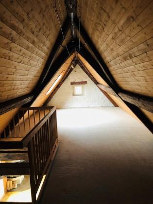 Zimmer im Dachstock