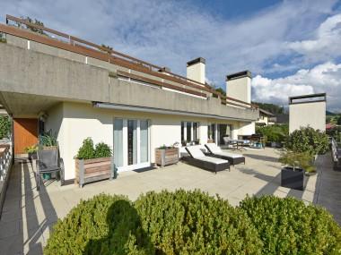 4.5-Zimmer-Terrassenwohnung mit Panoramasicht