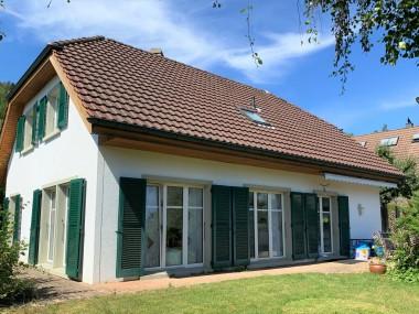 6.5 Zimmer EFH im Landhausstil mit grossem Garten an ruhiger Lage