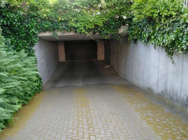 Autoabstellplatz - Nähe Bahnhof