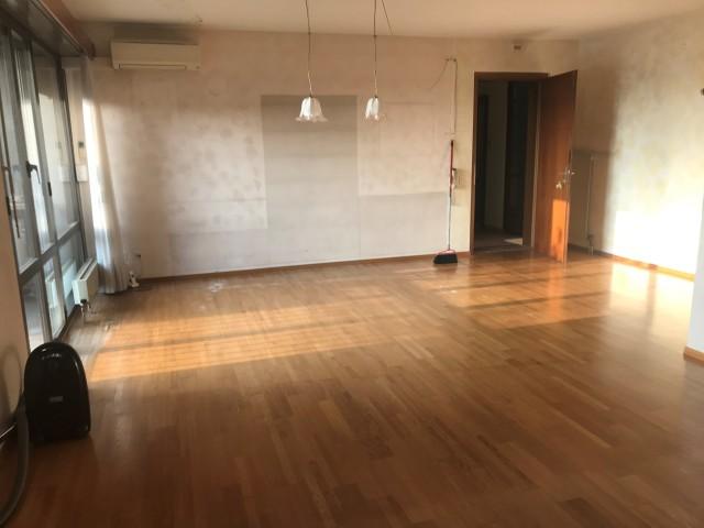 Mendrisio, appartamento 3,5 locali con terrazzo, esposto a s 28242248
