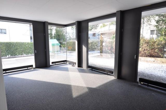helles Einzelbüro (ca. 28m2) zu vermieten 31085806
