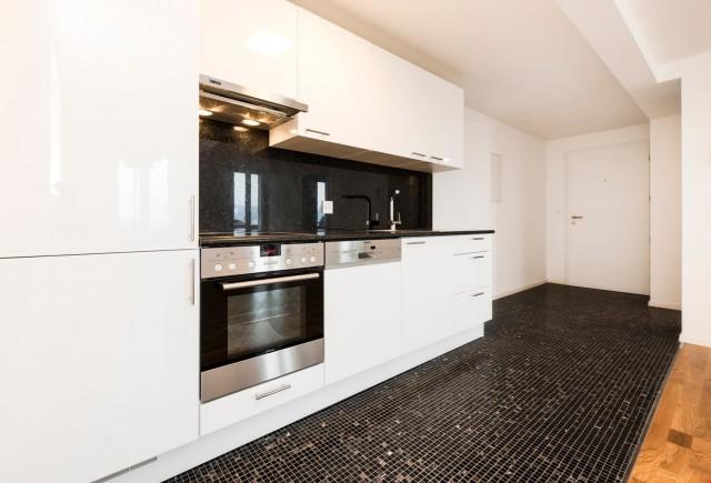 Moderne 3 Zimmerwohnung an der Rickenstrasse! 30673681