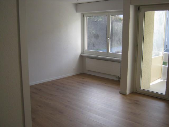 Umfassend sanierte 3.5-Zimmer an ruhiger Lage in Schliern b. 32247352