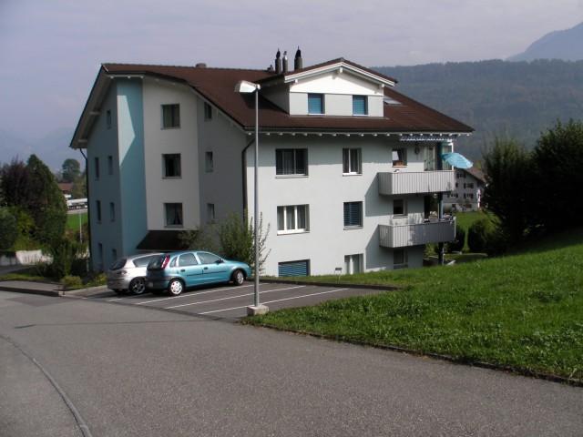 Vor den Toren von Luzern mit schöner Aussicht, Ruhe, Verkehr 20723116