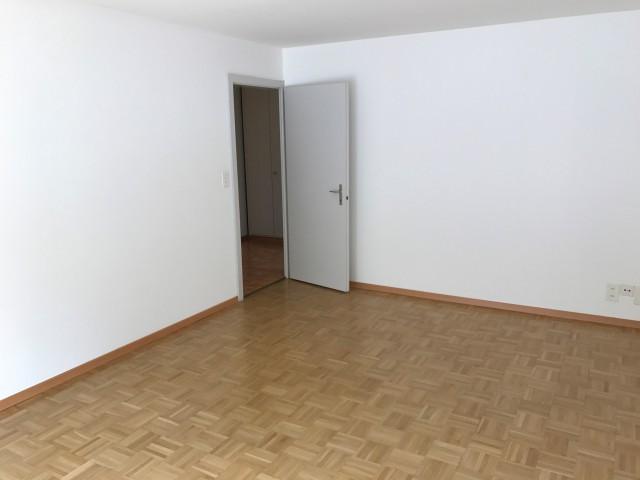 3 Zi-Wohnung Altdorf neu saniert 25446827