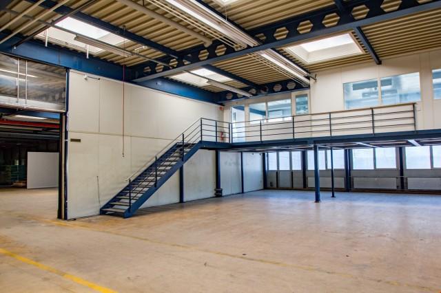 Produktions-/Gewerbefläche EG - ca. 586 m2 mit Anpassrampe 25474198