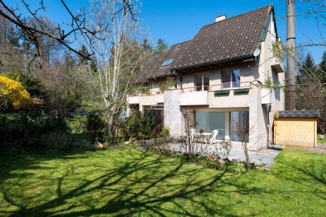 Sonniges Haus mit grossem Garten nahe Zürich und Greifensee 24523058
