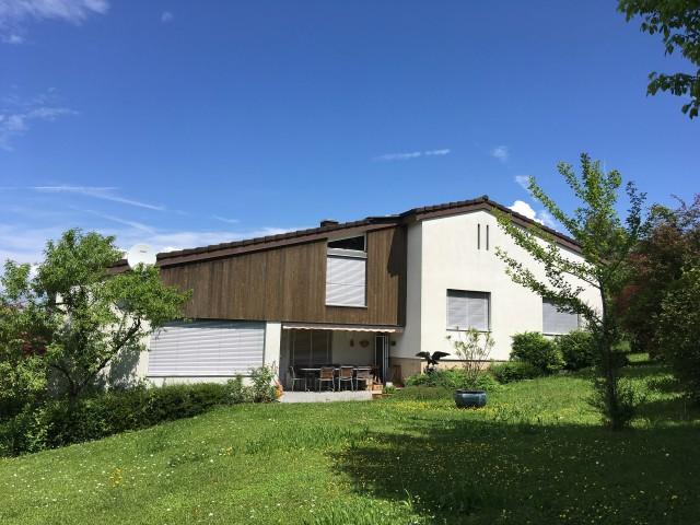 Einfamilienhaus an Toplage mit grossem Umschwung 24448527
