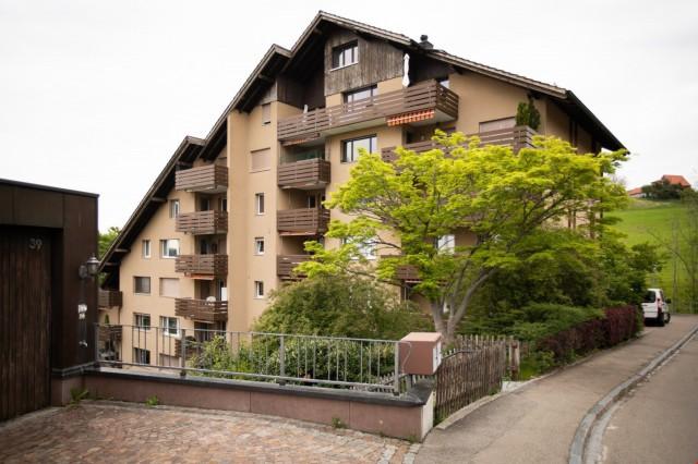 Charmante 3.5 Zi. Wohnung mit Balkon und sehr schöner Aussic 31151944