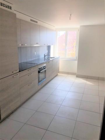 Bel appartement 4 pièces rénové 29910068