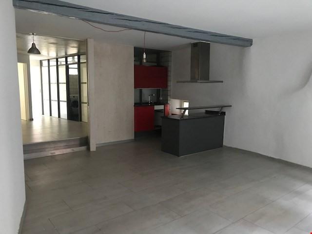 Spezielle Altstadt 4 Zimmer Wohnung 32380862
