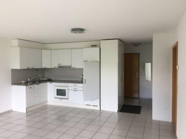 Wunderschöne Wohnung Whirlpool, Garage, 300 Meter ÖV, Coop,  24448537
