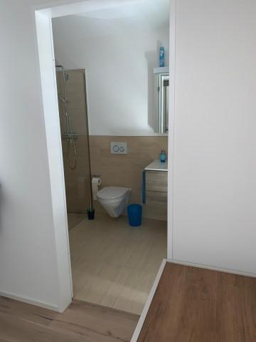 WC-Dusche direkt vom Schlafzimmer aus zugänglich