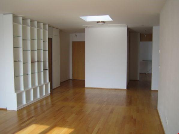 4.5-Zimmer-Dachwohnung mitten im Zentrum 30740727