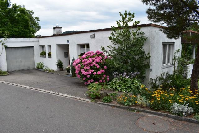 Wunderschön gelegenes 6 1/2 Zimmer Einfamilienhaus 25129916