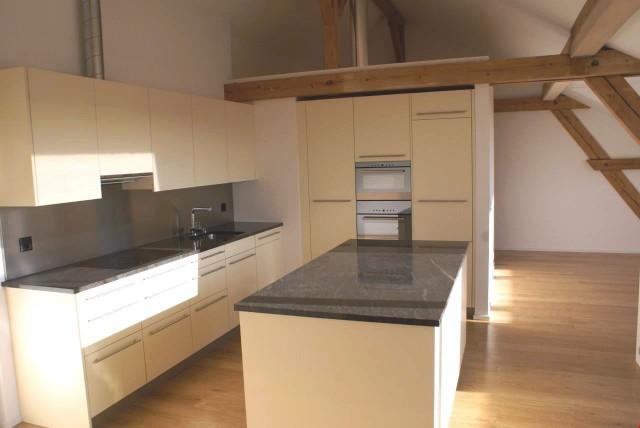 Gelegenheit: einzigartige 4.5-Zimmer-Dachwohnung in der Läng 22398750