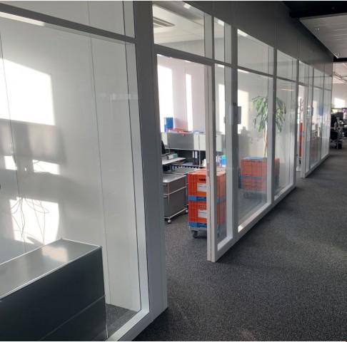Modernes Büro im Zentrum von Zug 32275493