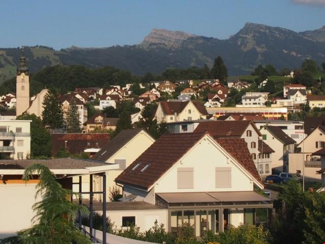 ruhige und sonnige Südlage / Attika-Maisonette Wohnung 31099356