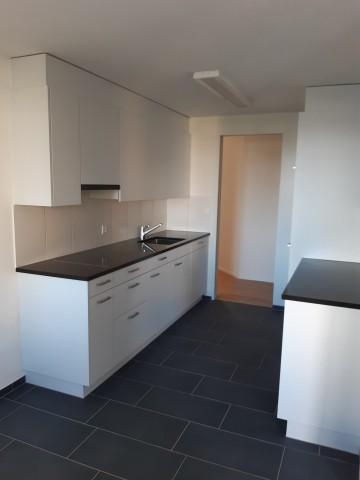 Neue Küche, Bild von typgleicher Wohnung