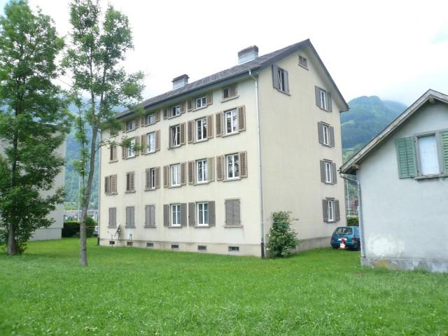 Günstige 3-Zimmer-Wohnung mit wunderschöner Aussicht 23622114
