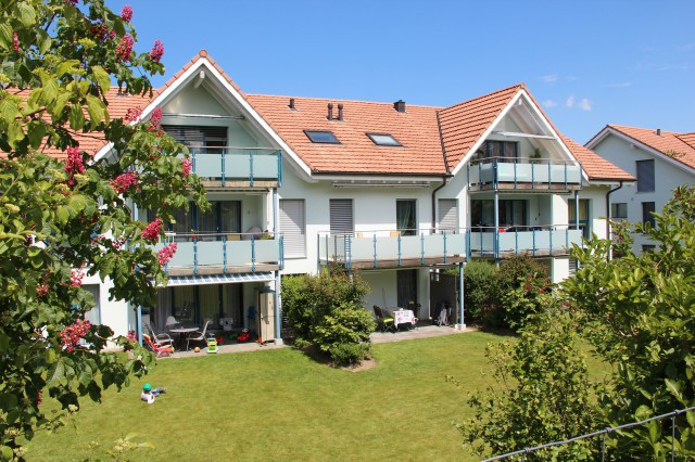 4 1/2-Zimmerwohnung mit Gartensitzplatz 21239017