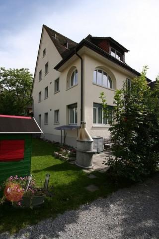 Helle Wohnung mit Charme und Bogenfenster im Breitiquartier 29955790