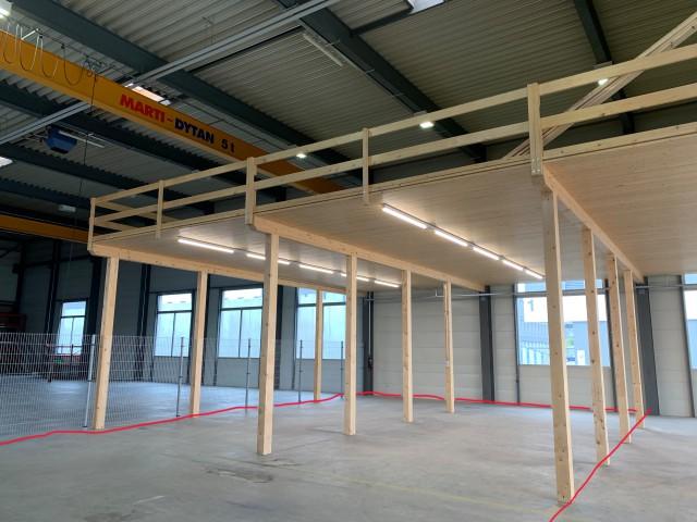 200m2 Parzelle in moderner Industriehalle 31044491
