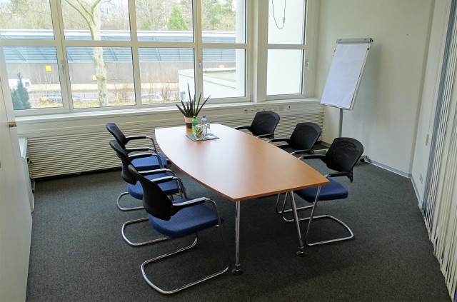 Modernes, helles Büro und Sitzungszimmer an guter Lage zu ve 32779458