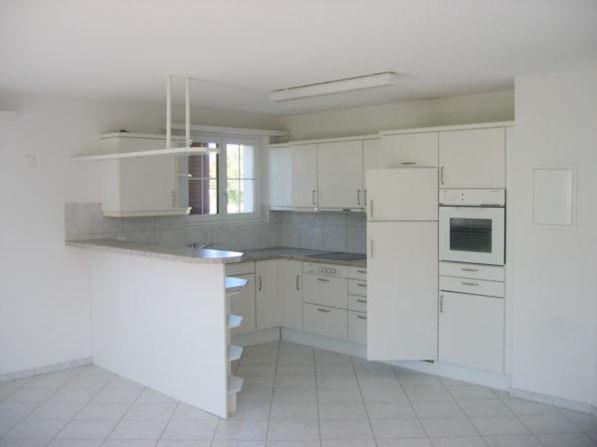 Sehr schöne 3 1/2 Zimmer-Wohnung mit Balkon 19297038
