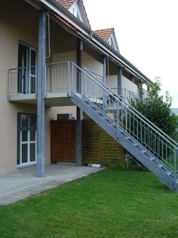 Reihen-Einfamilienhaus (Eckhaus )mit Garten 31785564