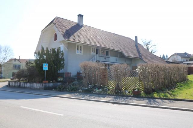 3-Zimmer Wohnung am Dorfplatz 24098496