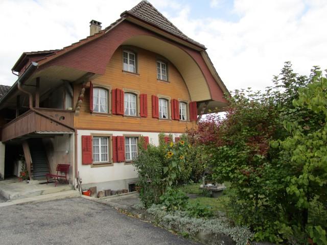 3½-Zimmer Parterre-Wohnung in Altbau mit Charme 30289784
